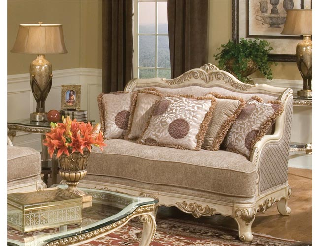 Coralayne Queen Upholstered Sleigh Bed  Ashley Furniture